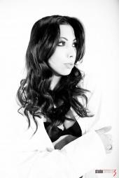 Samantha Leon