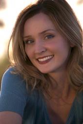 Ashley  Lamont