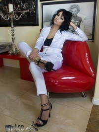 Anya Mir