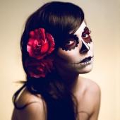 Dina Day Makeup