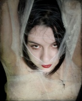 locust_girl