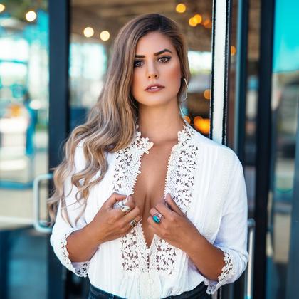 Lindsay Endicott