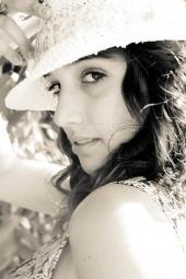 Cassandra Lariviere