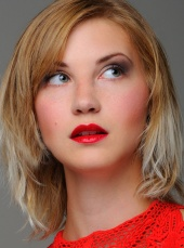 Courtney Reeks Makeup