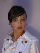 Alicia M Raquel