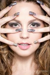 Makeup Attitude