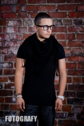 Ryan Ribas Modeling