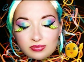 Beautiful Freak Make-up