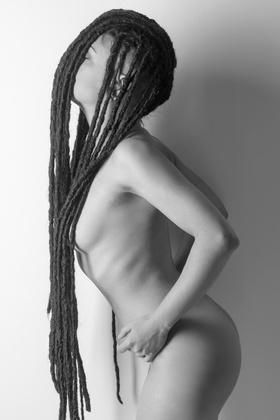 Valentina_TheBlackPearl