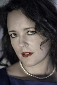 Nicole Oneil