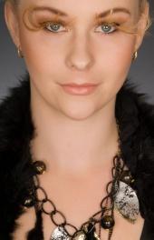 Kayla Steele MUA