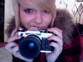 heather takes photos