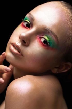 Eyes of Venus Makeup