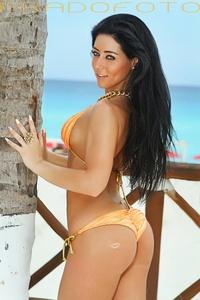 Nicky Nicole