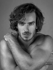 Aaron Jay Young photo