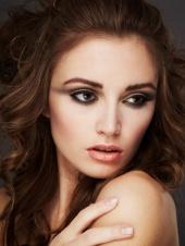 Annie Lefebvre Makeup