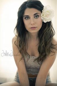 Nicole Laughlin MUA