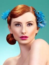 Model Ready MUA-HAIR