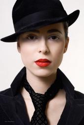 Zee makeup girl