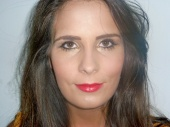 Klara Makeup