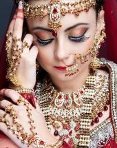 alka make up