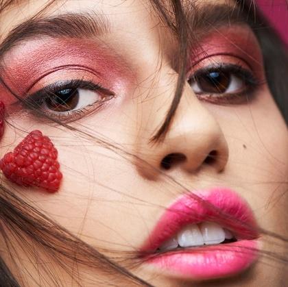 Makeup Artsit Yin