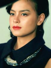 Janine Intansari Makeup