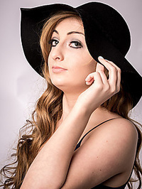 Fiona Joubert Makeup Artist