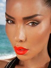 Yuzly Makeup