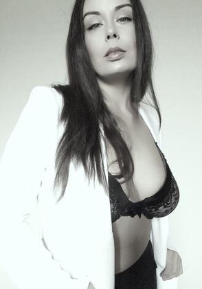 Laura McIntyre