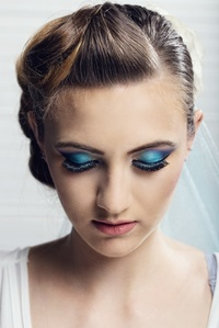 Magda Georgia make-up
