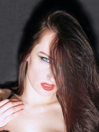 Yelena-model