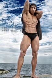 Marlon Mora