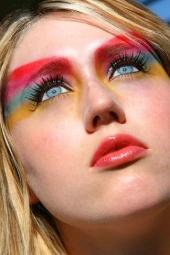 MakeupbyLaura