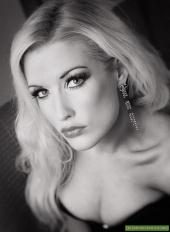 Melanie Lynn Robson