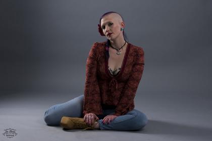 Kat Raventhorne