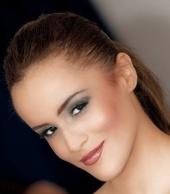 J Shuntay Makeup Artist