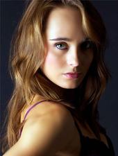 Elena Carter
