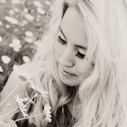 Laura_Jean