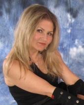 Angie Fehr