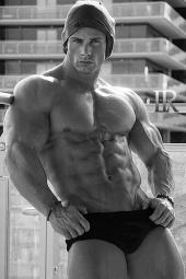 Joey Swoll