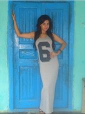 Lara_a