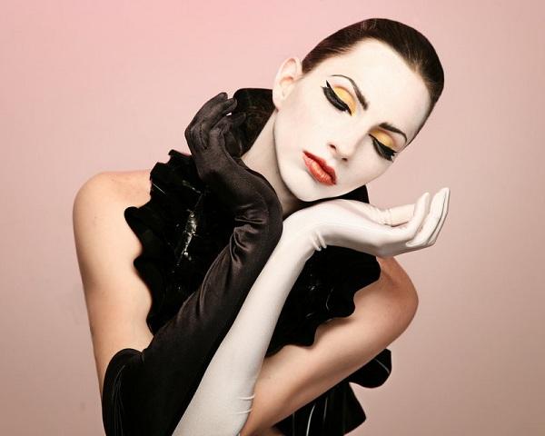 m Nude agency female models