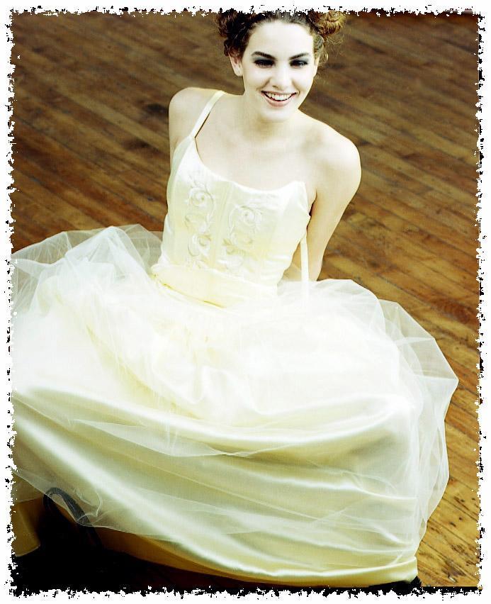 Apr 12, 2005 2000 Gordon Alexander Sarahs Prom Dress
