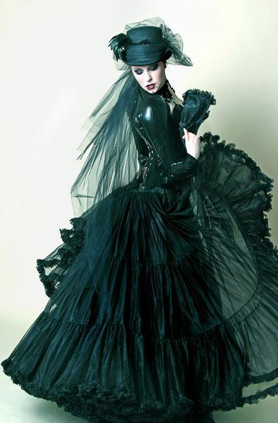 Apr 14, 2005 Gothic beauty Magazine #16  Photo by Nadya Lev