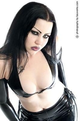 Female model photo shoot of Asche