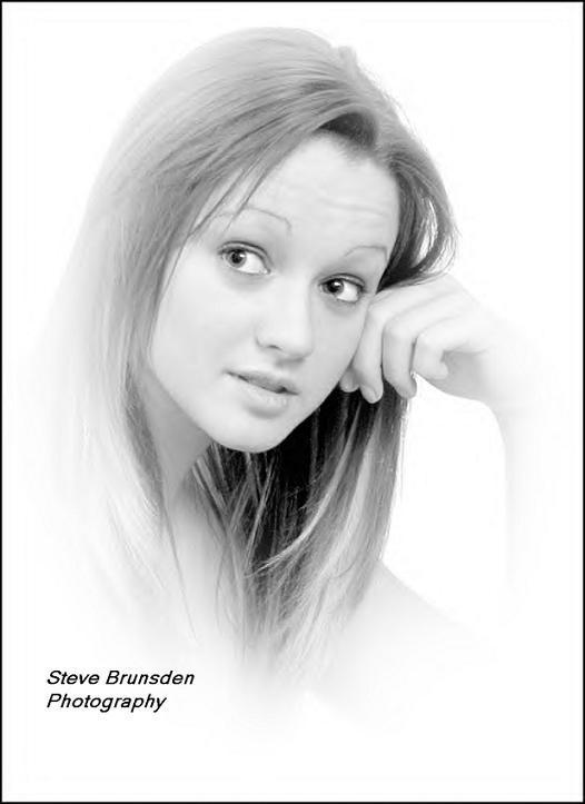 UK Apr 27, 2005 Steve Brunsden Photography Intrigued