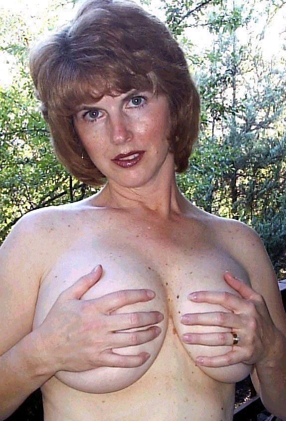 Roseburg, OR May 06, 2005 Ed Gundy 2005 hands