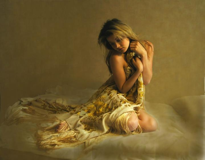 May 22, 2005 Fine Art Creations 2004 Golden SilkModel Lindsey