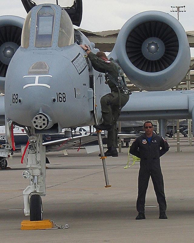 Luke AFB. Glendale, AZ May 27, 2005 2005 Reiner Fine Arts - All Rights Reserved A-10 Driver Dismounting